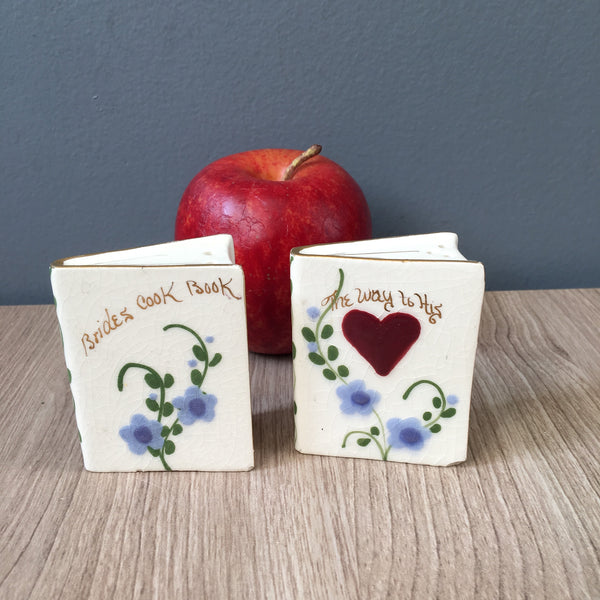 Bride's Cook Book salt and pepper shakers - Poinsettia Studios - vintage wedding gift