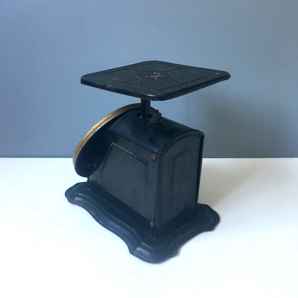 Columbia Family Scale by Landers, Frary and Clark - 1907 antique home scale - NextStage Vintage