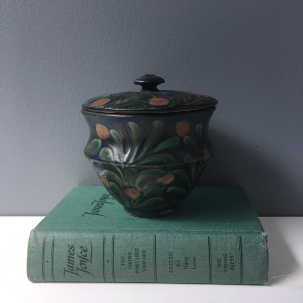 Herman August Kahler covered pottery jar - signed, Danmark - early 20th century - NextStage Vintage