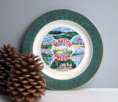 Oregon travel souvenir plate - vintage road trip collectible - USA travel - state plate decor