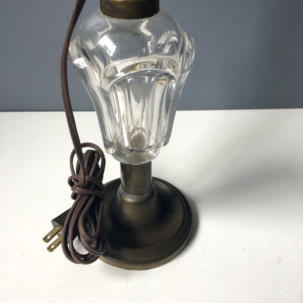 Electrified whale oil lamp - EAPG with brass and iron base - NextStage Vintage