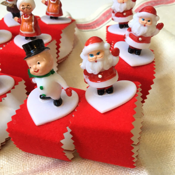Christmas napkin rings - set of 10 - handmade 1960s holiday table decor - NextStage Vintage