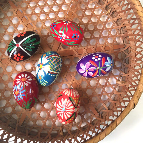 Folk painted wooden eggs - set of 6 - vintage Bavarian style - collection D