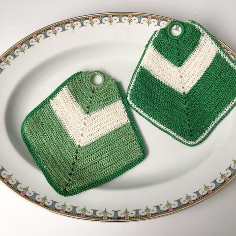 Green and cream vintage crocheted potholders - vintage kitchen