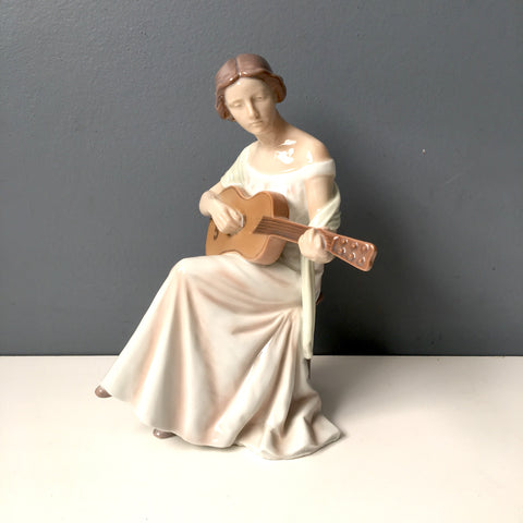 Bing and Grondahl Woman with Guitar - #1684 - 1970s vintage figurine