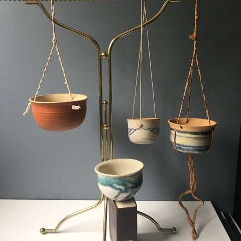 Stoneware pottery hanging planters - group of 4 - 1980s vintage
