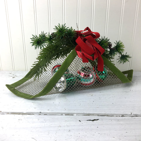 Hardware cloth Christmas basket - 1960s vintage handmade decor