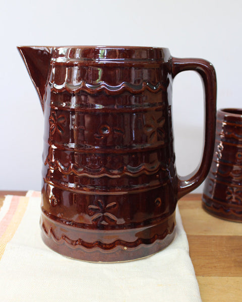 Vintage Mar-crest daisy and dot beverage pitcher and 4 German steins - 1950s - NextStage Vintage