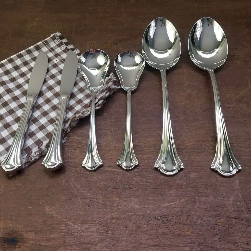 International Stainless Lyon Resplendence stainless serving utensils - 6 piecess - 1980s - 1990s - NextStage Vintage