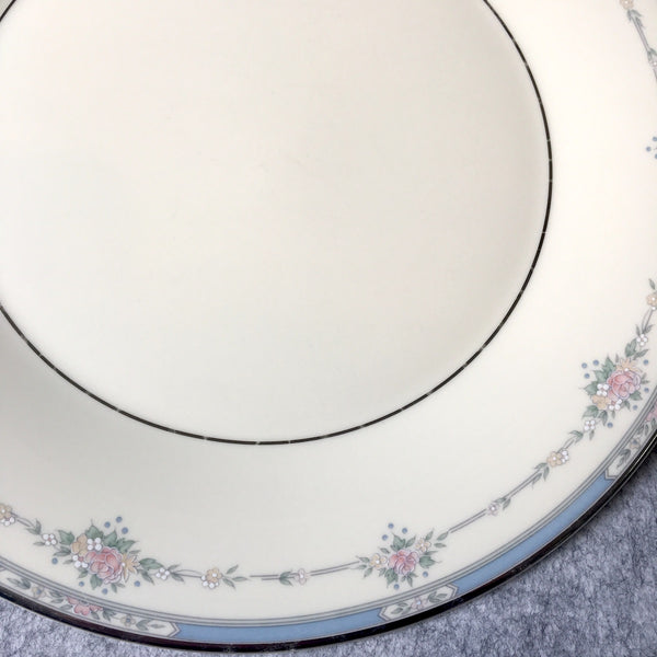 Royal Doulton 5 Dinner Plates Lisa Pattern H5154 - NextStage Vintage