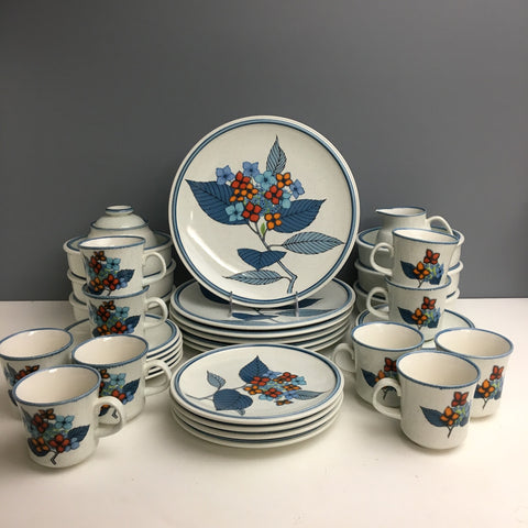1970s Mikasa Cordon Bleu Hydrangea set of 6 - 38 piece vintage china set