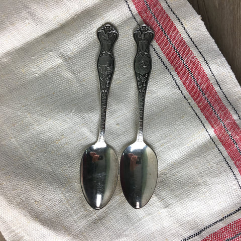 State seal spoons by Oneida Community - silverplate teaspoons - assorted states
