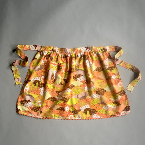 Orange and brown calico quilt print half apron - 1970s vintage - NextStage Vintage