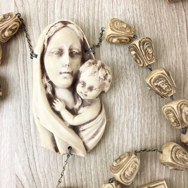Resin wall rosary - Virgin Mother and child, Crucifix - NextStage Vintage