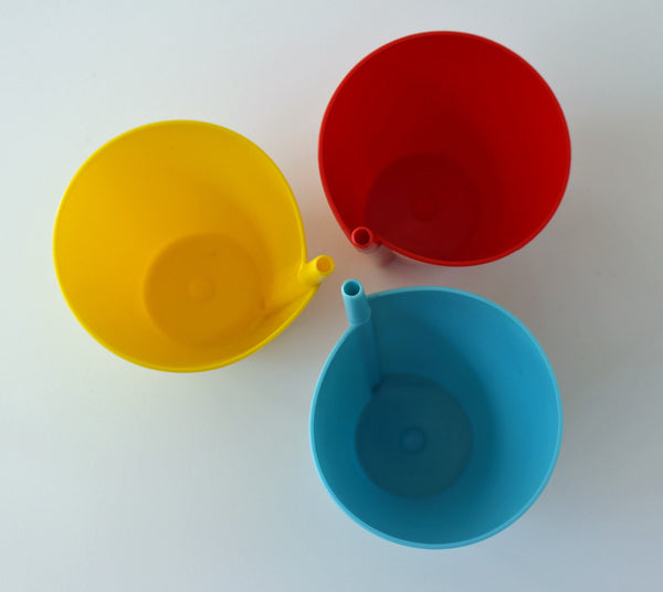 Sippit plastic sippy cups with molded straw - set of 3 in primary colors - 1960s - NextStage Vintage