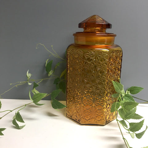 L.E. Smith Daisy and Button large pressed glass canister - amber - 1960s vintage