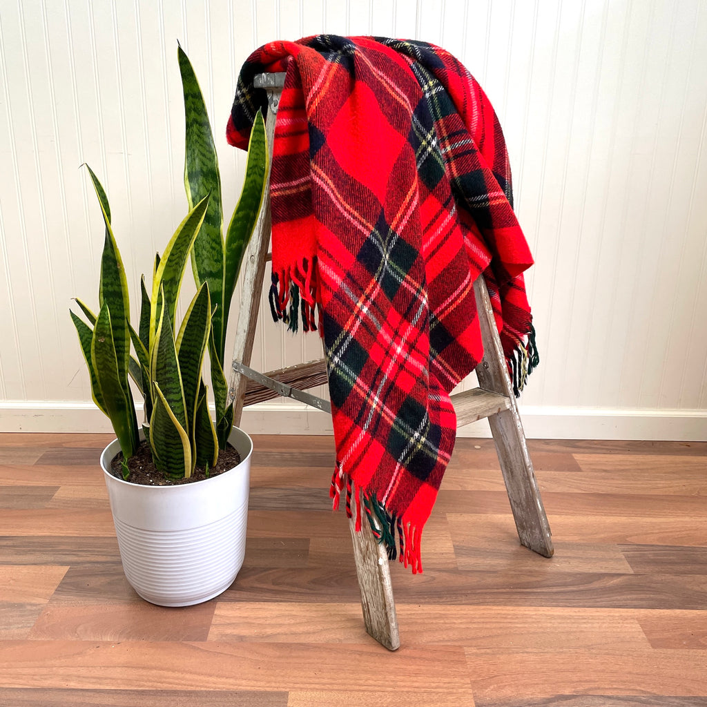 "Troy Robe plaid throw - 52"" x 54"" - vintage blanket - NextStage Vintage"