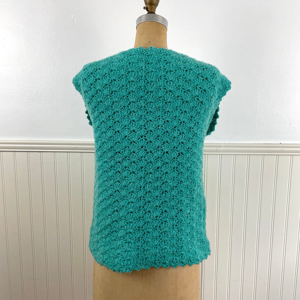 1970s turquoise pullover vest with flowers - hand crochet - size medium - NextStage Vintage