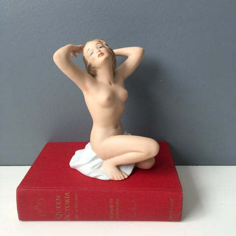 Wallendorf art deco nude woman figurine - 1990s vintage