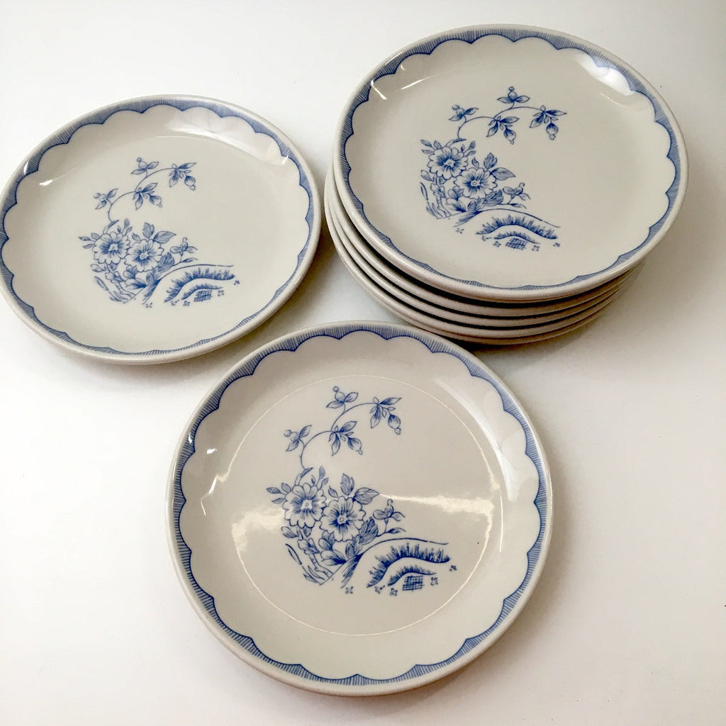 Homer Laughlin restaurant ware luncheon plates - set of 8 - Williamsburg (MA) Inn pattern - NextStage Vintage