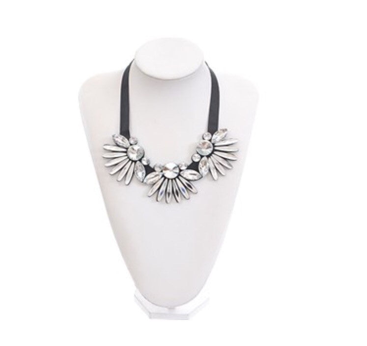 Midnight Fashion Flash Necklace