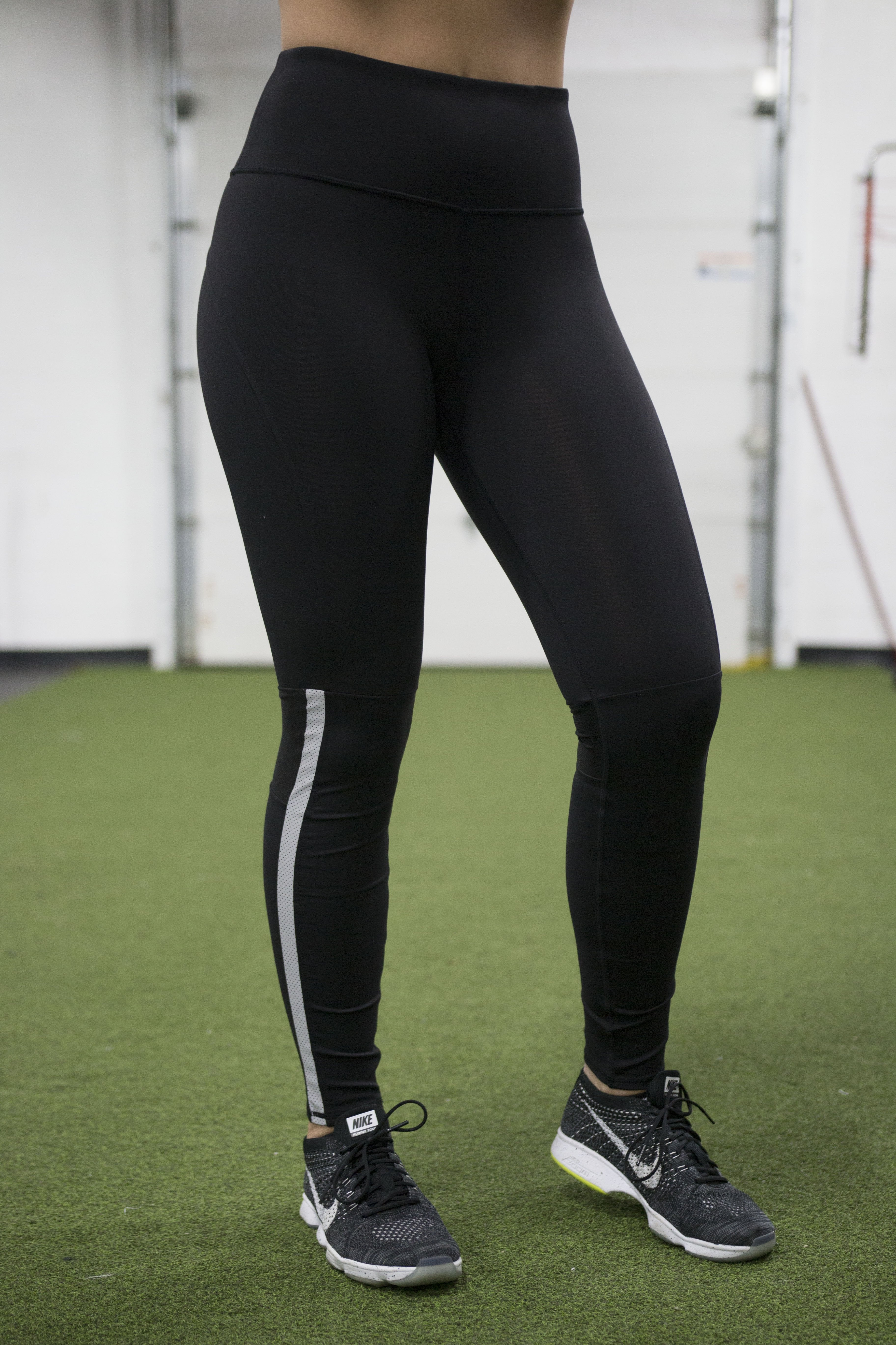 Women s Running Pants - The Lost Breed ... 6249378c88