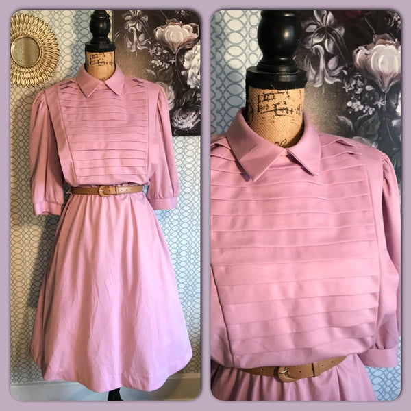 LOVIN' THAT LAVENDER// Womens Vintage SEARS Dress// Retro// Pinup// Pleated// Pockets