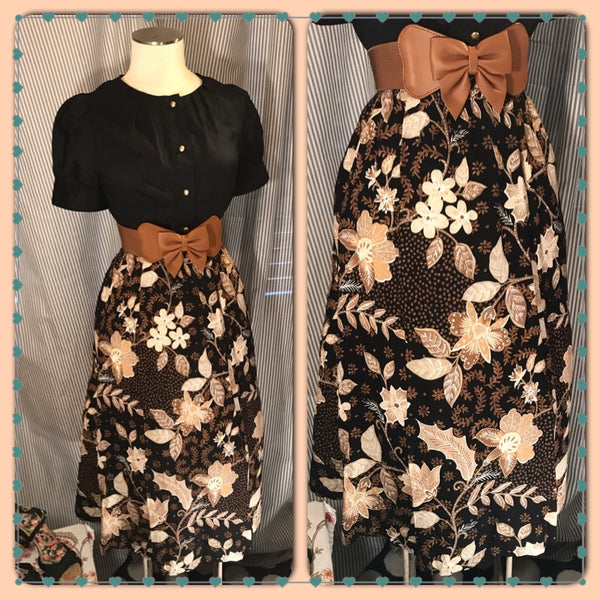 South Pacific Sweetie// Womens Retro Style Hawaiian Floral Skirt// Plus Size// Size 2X