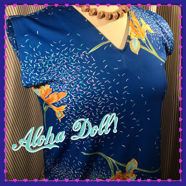 STILL FINDING DORY// Womens Vintage Tropical Floral Top// Tiki// Hawaiian// Retro// Pinup//  Blouse// Size S M