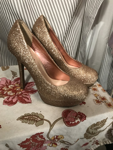 'BOUT THAT SPARKLE LIFE - womens shoes// CANDIES// gold glitter heels// glam// Size 6// retro// pinup