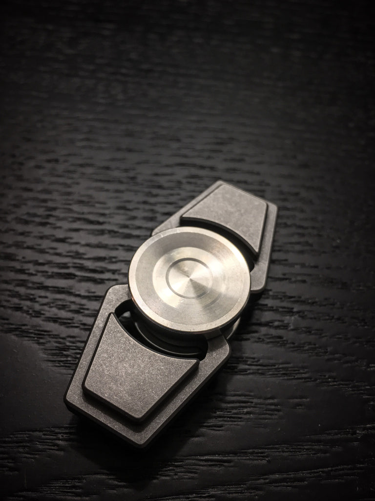 ZeroFeud Mini Compass - Zirc - Pre-Order (Ships Late Late Feb - Early March)