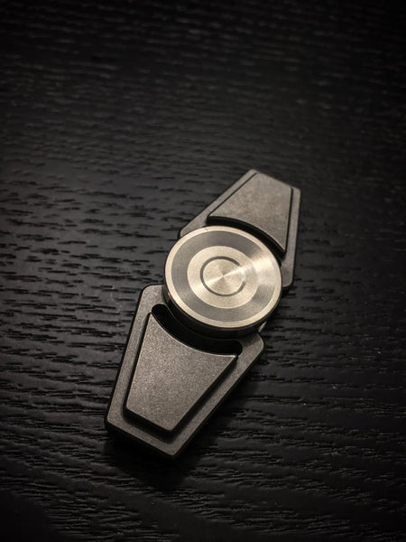 ZeroFeud Compass - Zirc - Pre-Order (Ships Late Late Feb - Early March)