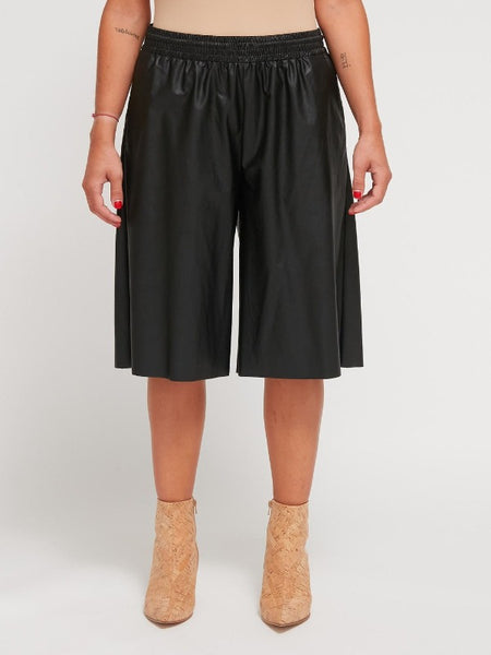 MM6 - LEATHER SHORTS / BLACK