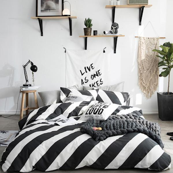 Quilt Cover Set Black White Stripes 4Pce - BONUS BED SHEET - BEDROCKS