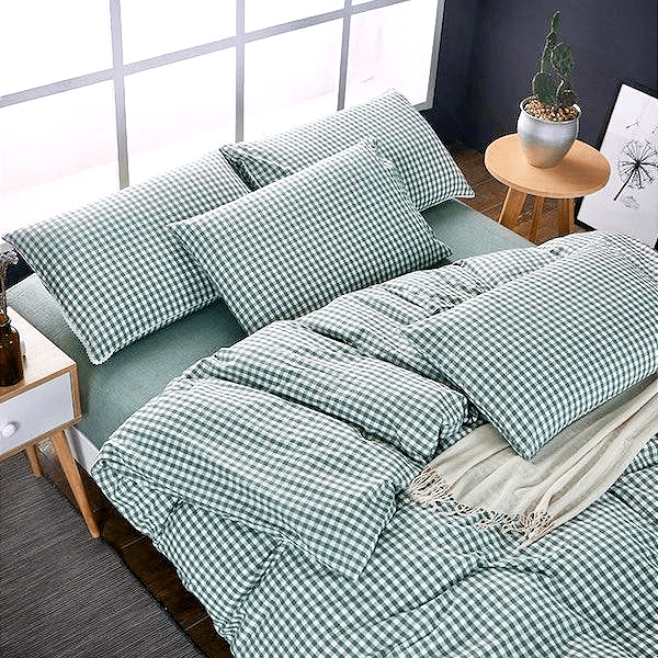 Quilt Cover Set  GINGHAM Green Gingham 4PCE  -  BONUS BED SHEET - BEDROCKS