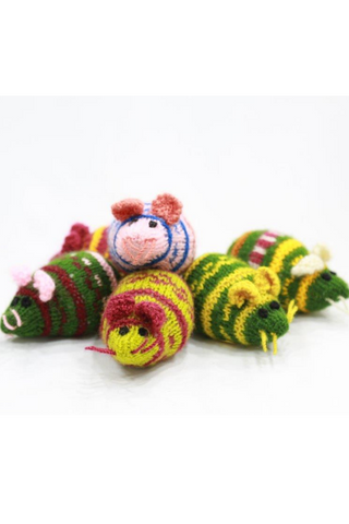 Handknitted Soft cutie mouse toy (1 pair )-Handcrafted Soft Toys-Samaun- The Himalayan Treasure