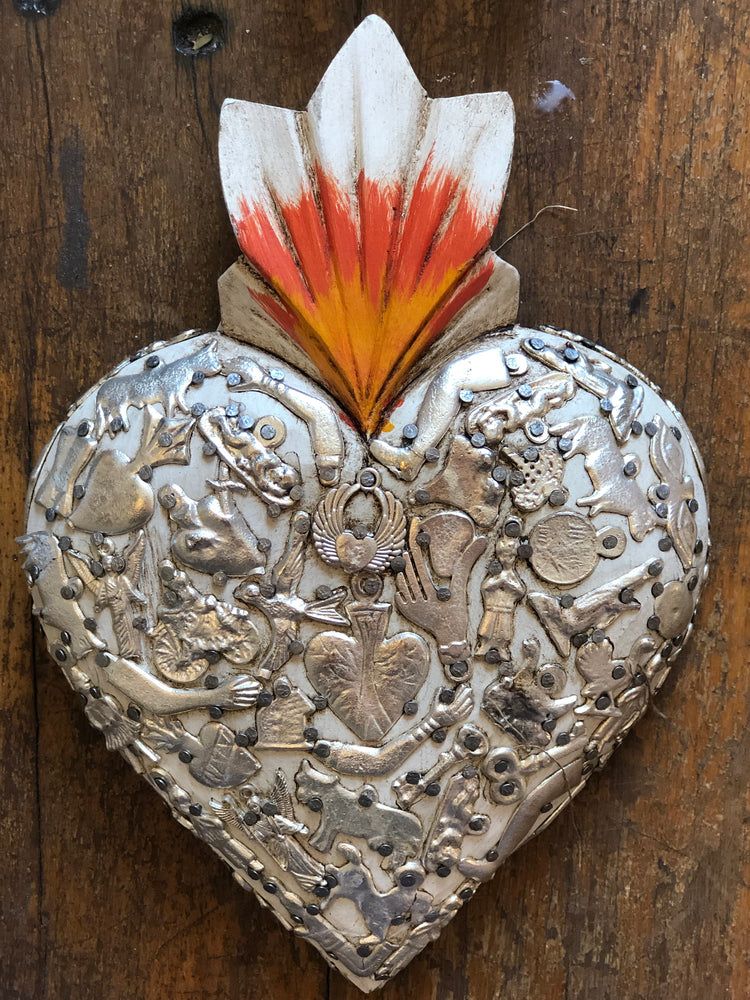 Handmade in Mexico - White Milagros Heart - 15x10cm