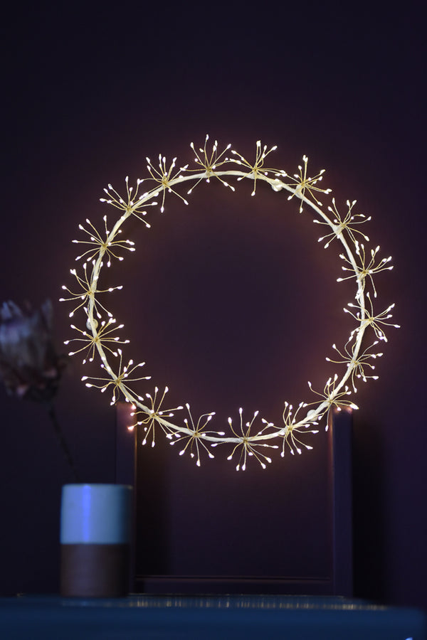 Starburst Wreath White 35cm