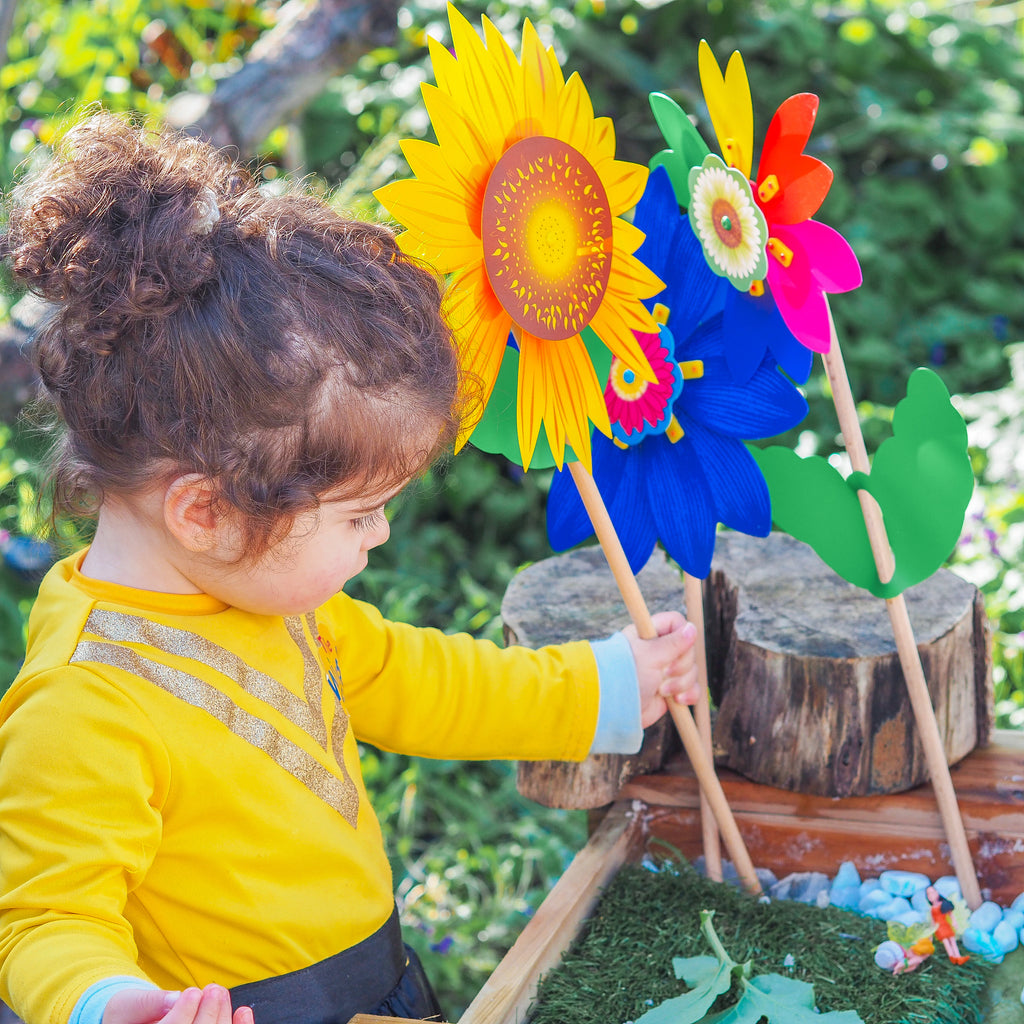 Girasole Sunflower Sensory Play Flowers by Whirly Image @todayourchildren