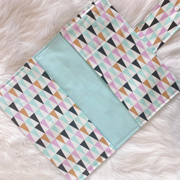 Nappy Clutch - Triangles with Ice Blue lining