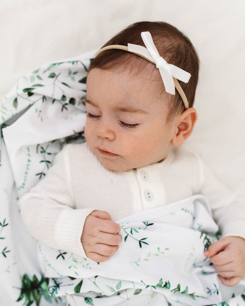 Velvet Bow - White - Little Bambino Bear