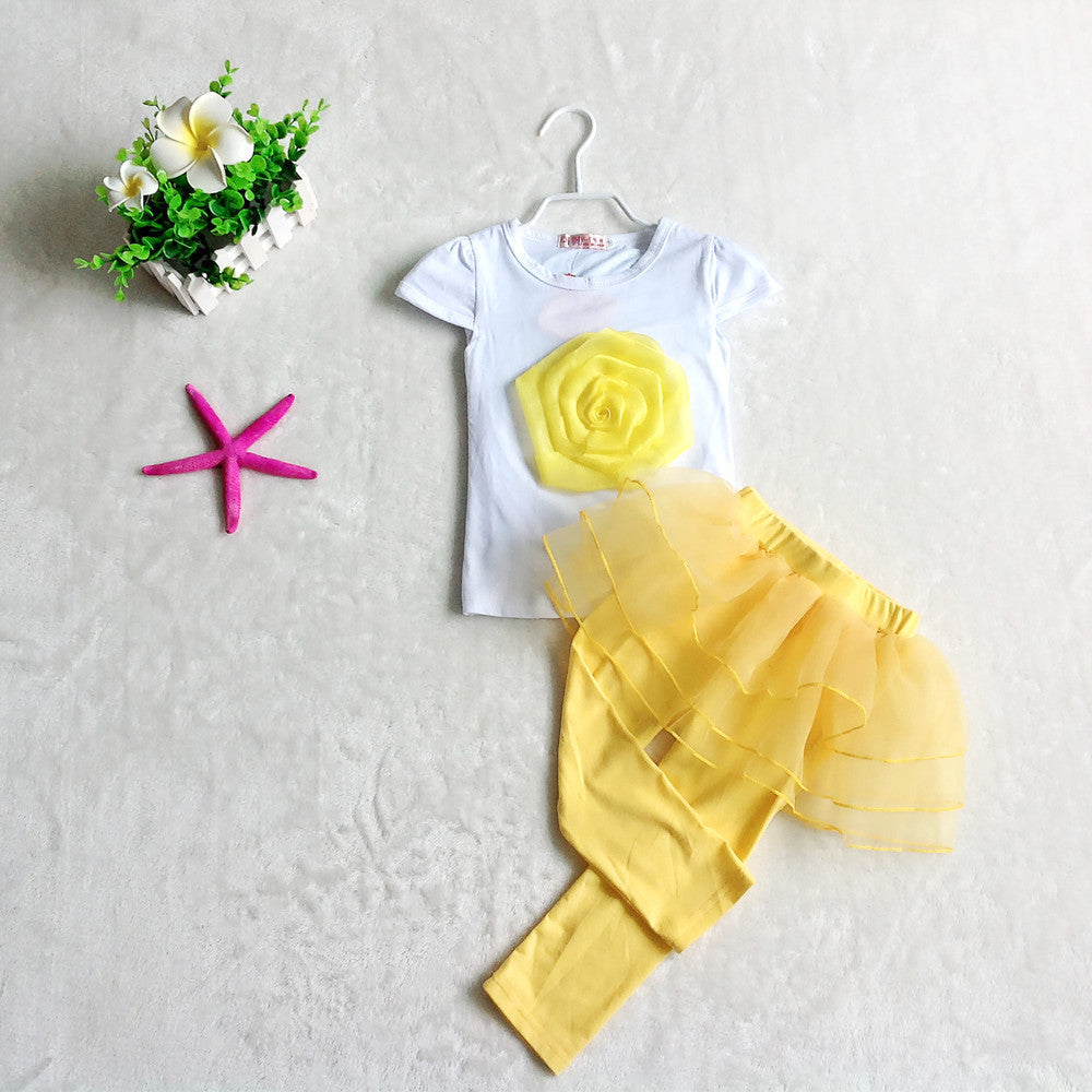 Deals Blast: Best Seller 2016 girls summer clothes fashion Three kinds of color  Short Sleeve flowers  t-shirt+ pants suit - Deals Blast