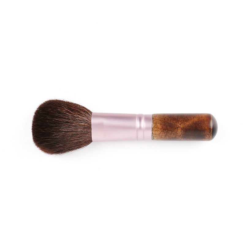 Deals Blast: Goat Hair Make Up Brush Blush Powder Eyeshadow Brush Foundation Professional Makeup Cosmetic Tools Pincel Pinceaux Brochas - Deals Blast