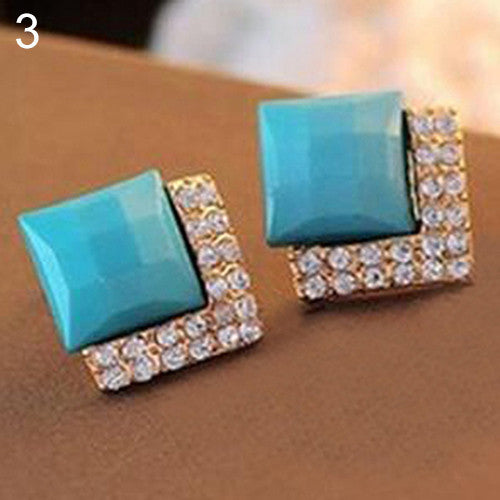 Deals Blast: Women's Elegant Square Crystal Rhinestone Ear Studs Earrings Fashion Jewelry Deals Blast