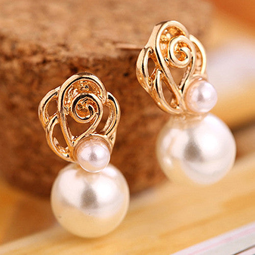 Deals Blast: 2017 Brand New Women's White Pearl Gold-toned Ear Studs Earrings Bride Jewelry Gift Eardrop Deals Blast