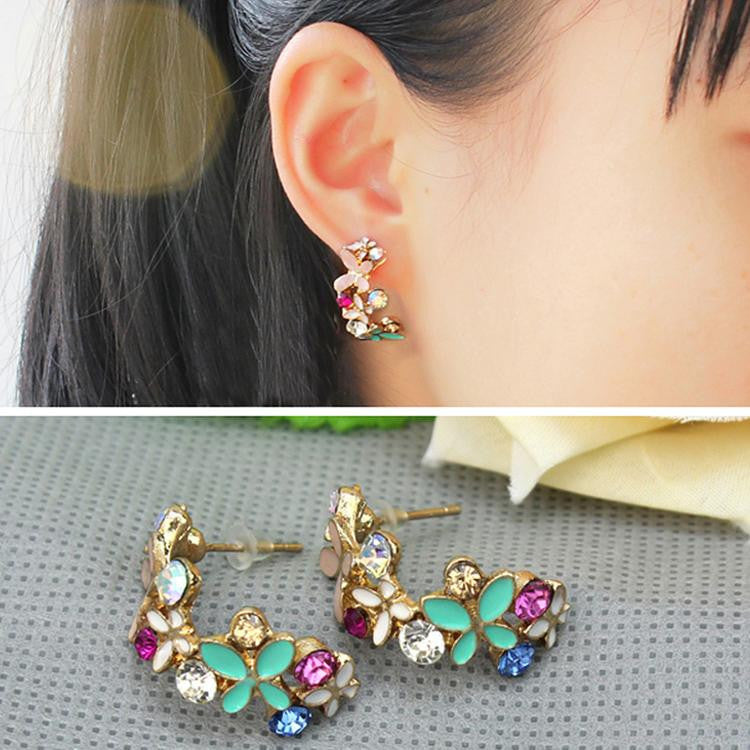 Deals Blast: 1 Pair Butterfly Garland Design Rhinestone Ear Studs Earrings Women's Fashion Jewelry Accessoires Drop Shipping: Deals Blast