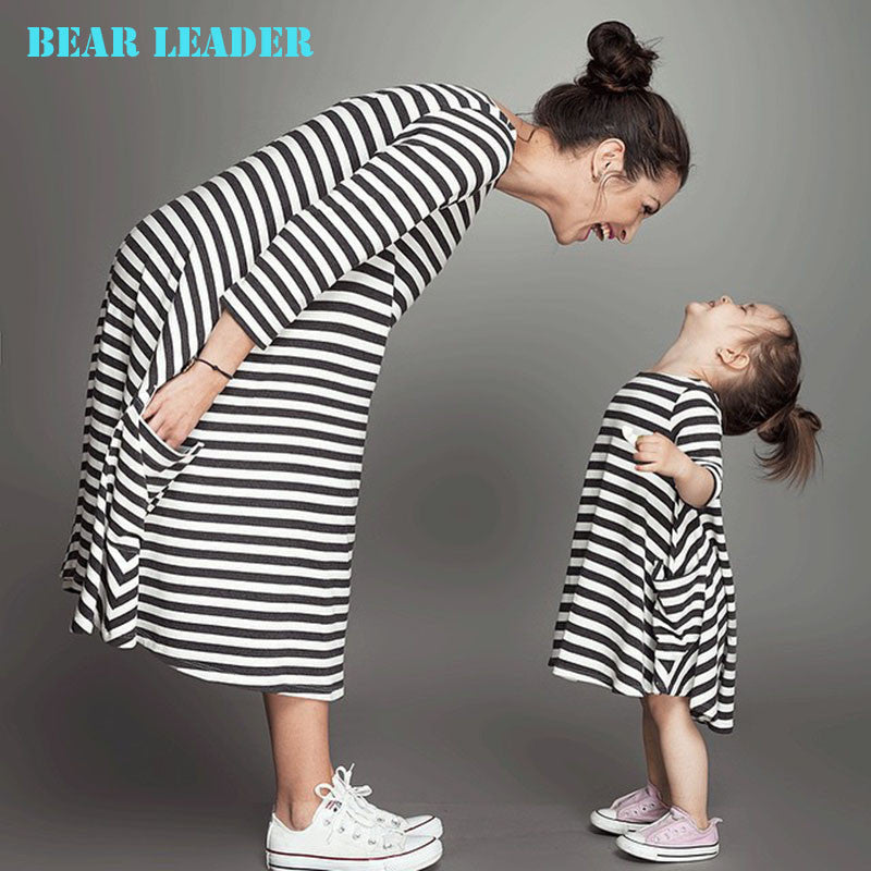Bear Leader 2016 New Spring & Autumn Style Family Matching Outfits Mother And Daughter Fall Full Black Striped Dress Deals Blast