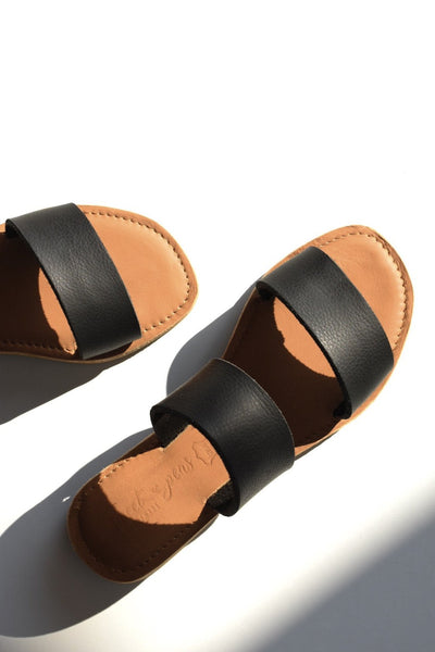 ST TROPEZ Leather Sandal - BLACK