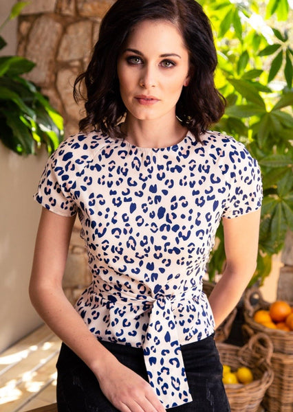 CRAVE Noa Blouse in the Bloom print - Envy