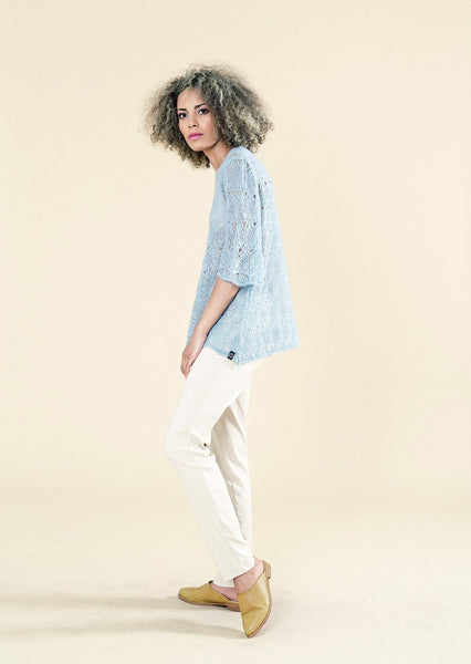 BELL SLEEVE LIGHT CROCHET TOP - Envy